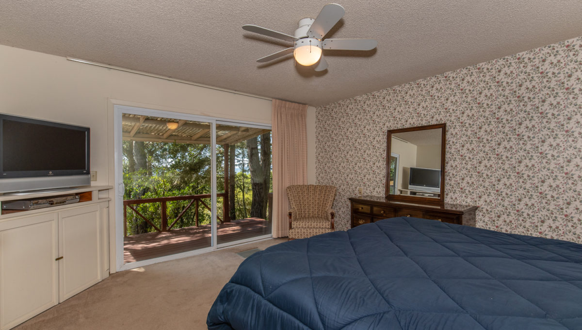 5577 Inverness Low Res MLS-14