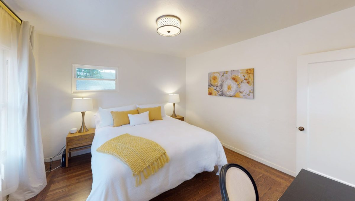 826-Fourth-St-1-Bedroom-2