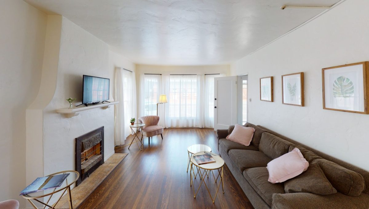826-Fourth-St-1-Living-Room-3