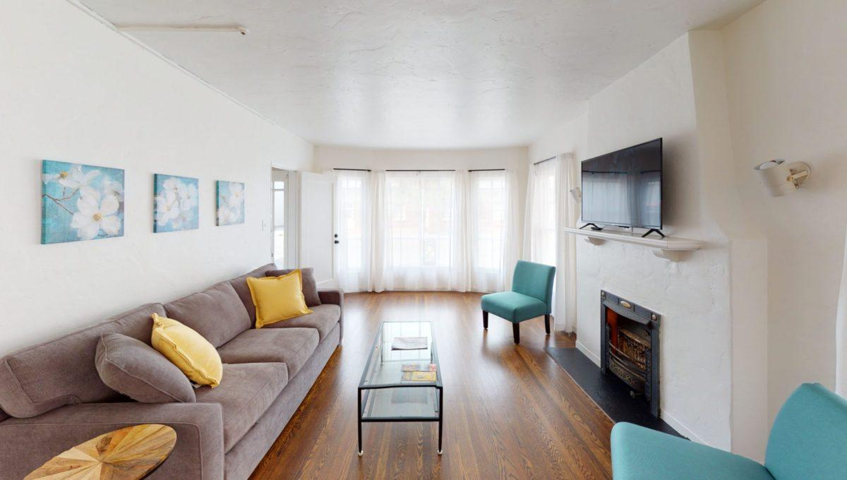 826-Fourth-St-2-Living-Room-4