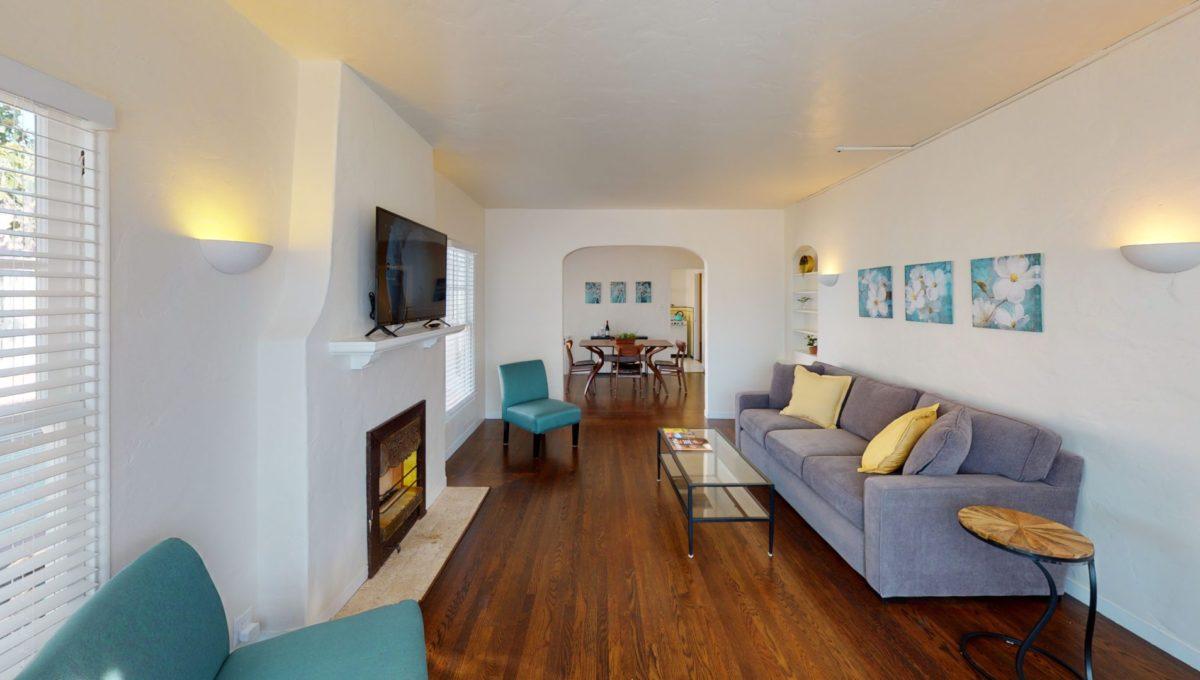 826-Fourth-St-4-Living-Room-2
