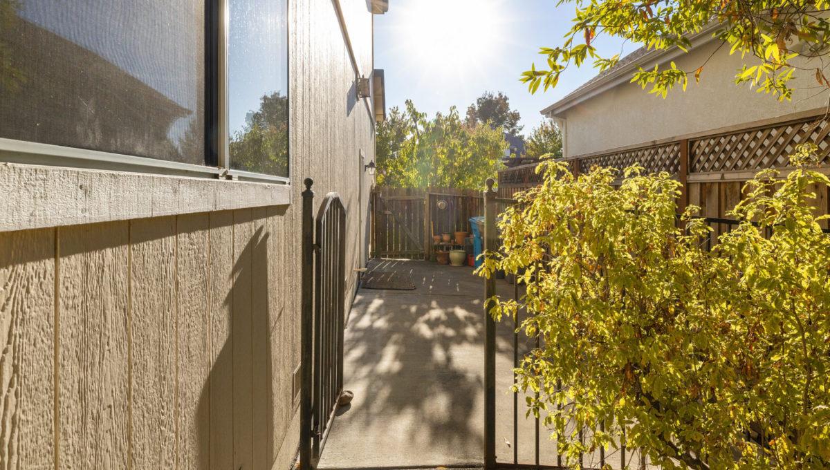 4752-prospect-avenue.40632.p3k.54.web