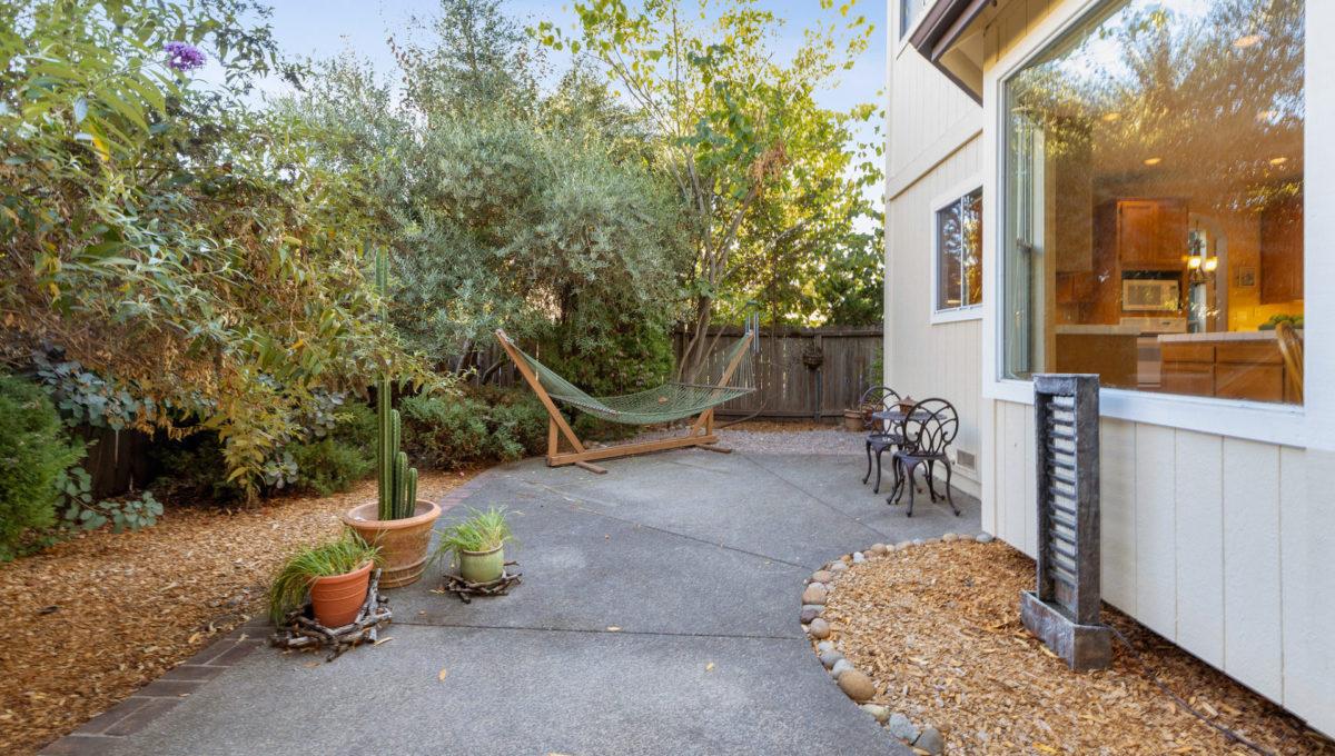 4752-prospect-avenue.40632.p3k.57.web