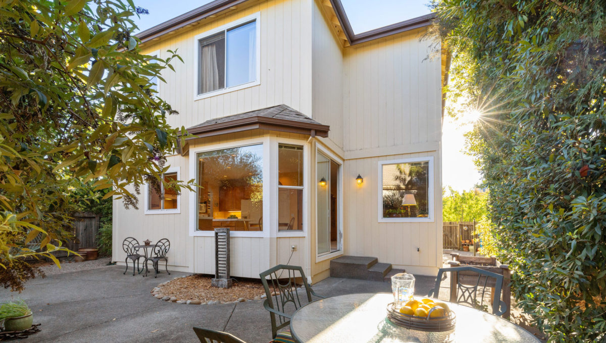4752-prospect-avenue.40632.p3k.61.web