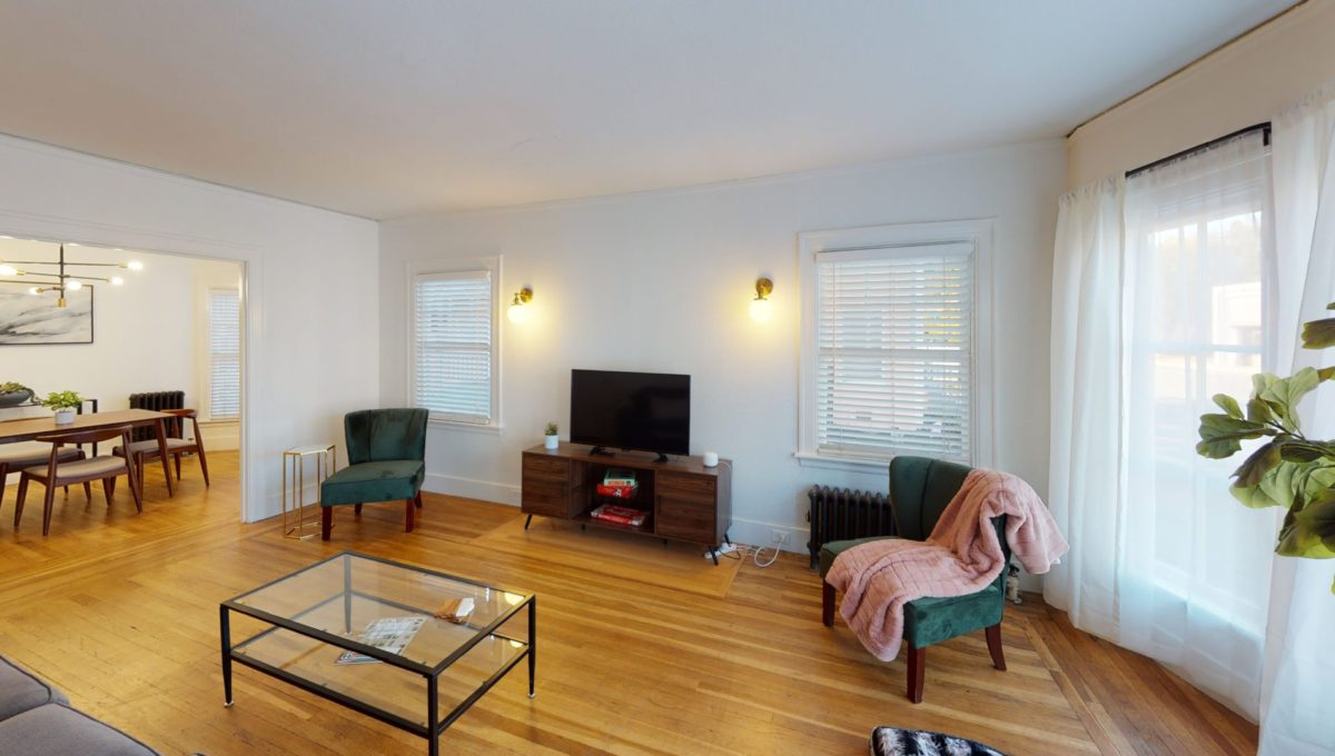 830-4th-St-1-Living-Room